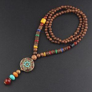 Collier style tibétain