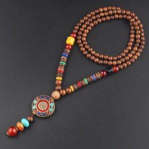 Collier tibétain en perles de bois